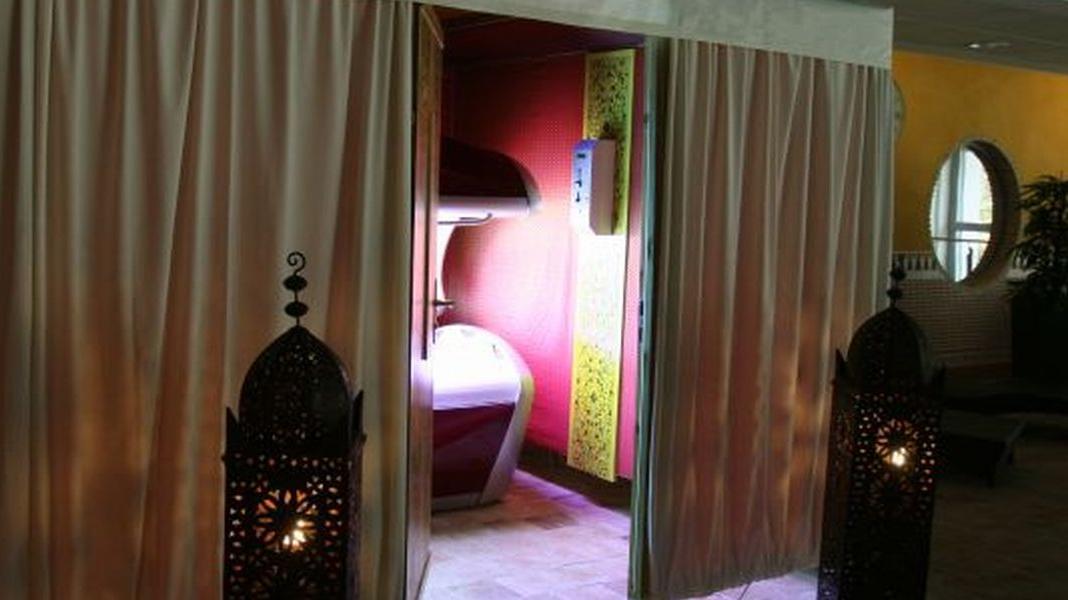 solarium zelt wellness wernau. Black Bedroom Furniture Sets. Home Design Ideas